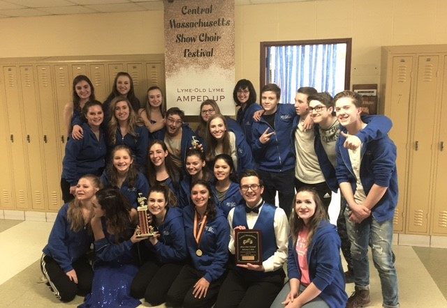 LOLHS Show Choir Wins Silver Medals at First Competition