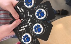 'Amped Up!' Show Choir Hosts PopSocket Fundraiser